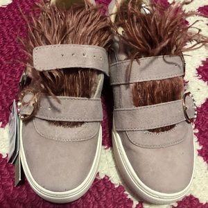 Zara Feather sneakers